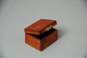 187. Veneered Tea Caddy